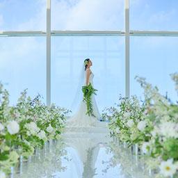 公式 那覇空港から車で35分 多彩な演出でゲストと一緒に楽しめる結婚式が叶う セントレジェンダokinawa